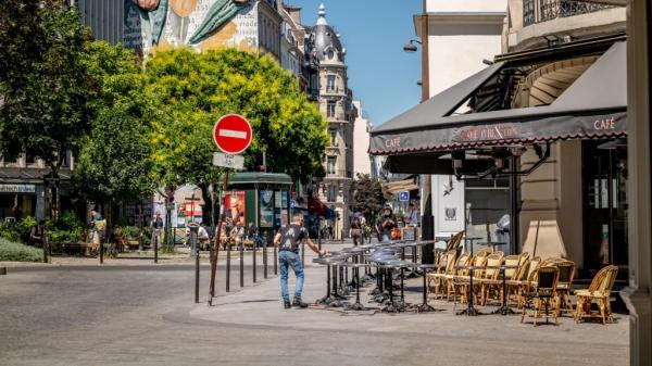 """DIRECT. Coronavirus : les cafés et restaurants rouvrent, alors que la France entame la """"phase 2"""" du déconfinement"""