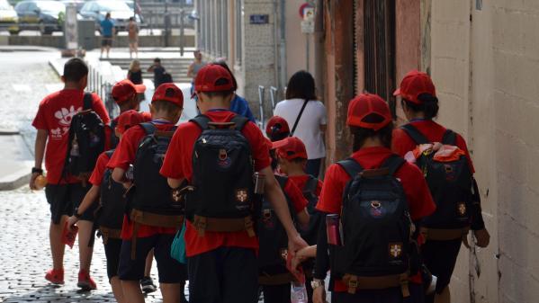 """""""Si la demande s'exprime, on essaiera d'y répondre"""" : cet été, le maire de Vitry-sur-Seine veut permettre aux parents de partir avec leurs enfants en centres de vacances"""