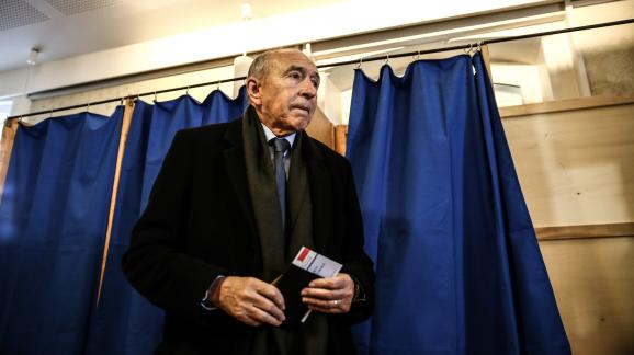 Gérard Collomb, lors du premier tour des élections municipales, le 15 mars 2020, à Lyon.