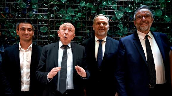 Yann Cucherat, Gérard Collomb,Francois-Noël Buffet et Etienne Blanc (de gauche à droite), lors de la conférence de presse annonçant leur alliance, le 28 mai 2020, à Lyon.