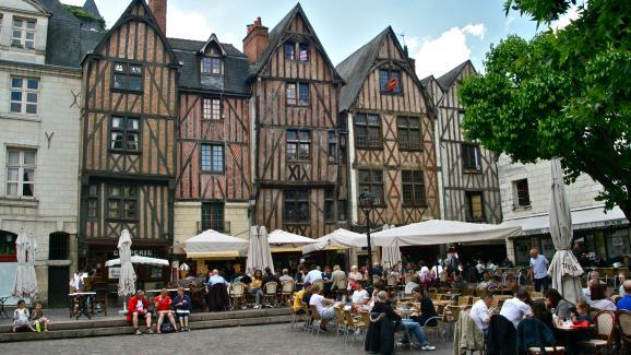 Place Plumereau à Tours.