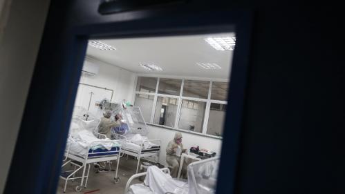 Coronavirus : plus de 40 000 morts et 800000contaminés au Brésil