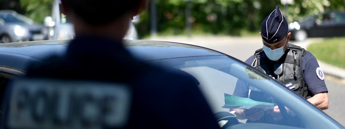 Un contrôle de police le 20 mai 2020 à Saint-Etienne.