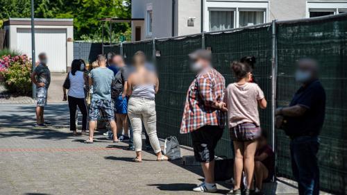 VIDEO. Allemagne : plus de 600 000 personnes reconfinées après la découverte d'un foyer épidémique