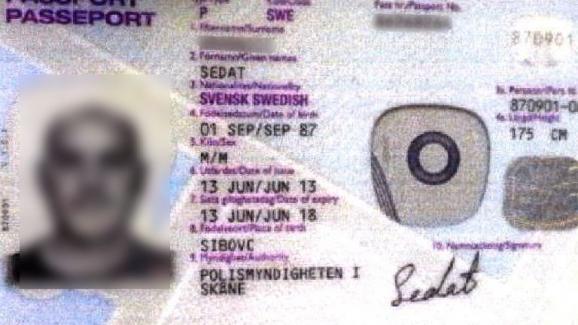 Tyler Vilus a été arrêté, le 2 juillet 2015, avec ce passeport, qui appartient en réalité à un ressortissant suédois.