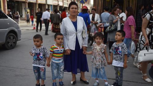 La Chine accusée de stériliser de force des femmes ouïghoures