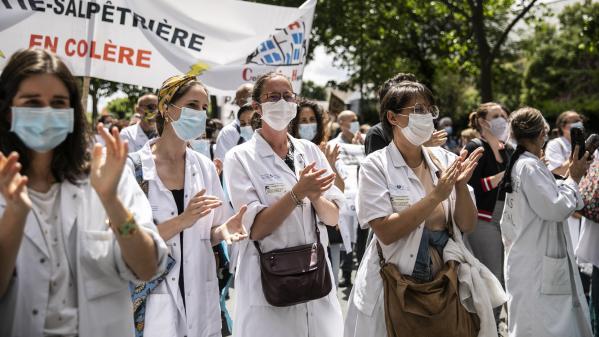 DIRECT. Ségur de la santé : les soignants de nouveau dans la rue pour réclamer davantage de moyens