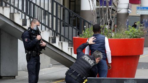 Quatre questions sur la CSI 93, unité de police de Seine-Saint-Denis visée par 17 enquêtes préliminaires