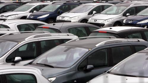 """Hausse des ventes de voitures neuves grâce à la prime à la conversion: l'effet d'une """"seringue dans le Tour de France"""""""
