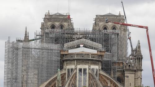 VIDEO. A 50 mètres de haut avec les funambules de la cathédrale Notre-Dame de Paris