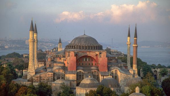 Turquie : Sainte-Sophie bientôt prête à redevenir une mosquée ?