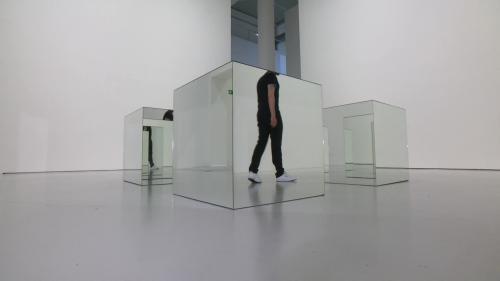 Tour à tour aléatoire et maîtrisé, l'art minimal selon Robert Morris au MAMC de Saint-Etienne