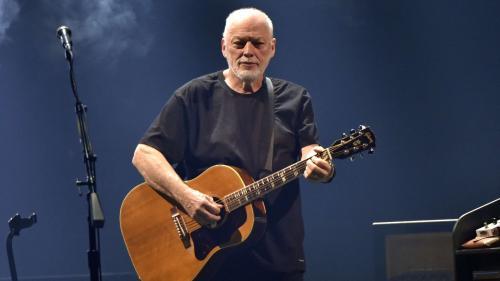 Image de couverture - David Gilmour dévoile une nouvelle chanson et un nouveau clip en direct sur YouTube