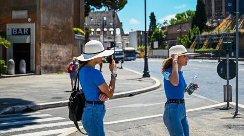 Covid-19 : des mesures plus strictes en Italie