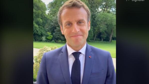 """VIDEO. """"Aujourd'hui, fêtez le baccalauréat et après... Bon courage"""", lance Emmanuel Macron aux bacheliers sur TikTok"""