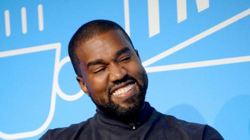 """'L'Amérique a besoin de quelqu'un de spécial"""" : Kanye West, """"candidat de Dieu"""" à la Maison Blanche dévoile ses ambitions dans une interview à """"Forbes"""""""