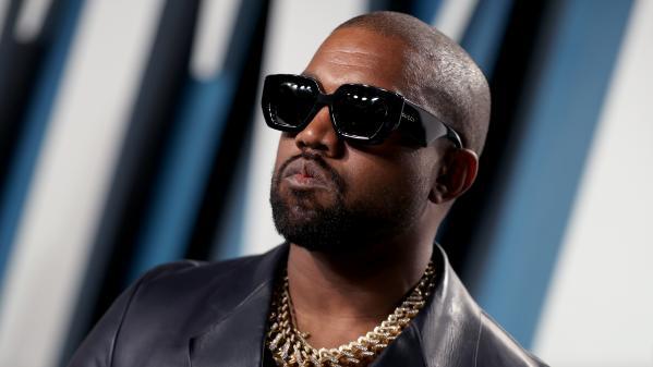 Anti-vaccin, anti-avortement et pour la prière à l'école : Kanye West dévoile quelques éléments de son programme présidentiel