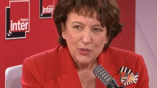 """VIDEO. Notre-Dame-de-Paris: """"Un large consensus se dégage"""" pour la reconstruction à l'identique de la flèche, annonce Roselyne Bachelot"""