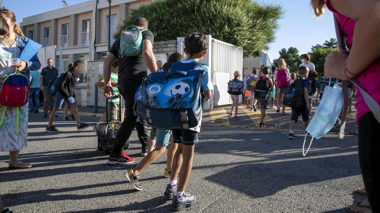 Coronavirus : le gouvernement prévoit une rentrée scolaire de septembre avec un protocole sanitaire inchangé