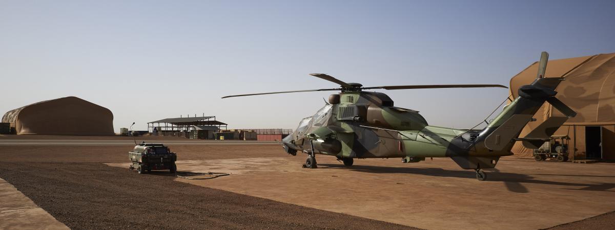 Hélicoptère Tigre sur la base française de Gao (Mali), le 8 novembre 2019.