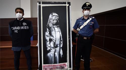 L'Italie restitue à la France une œuvre attribuée à Banksy et volée au Bataclan