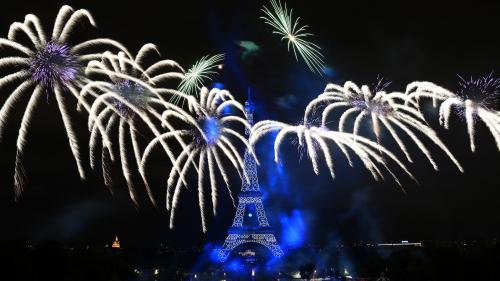 REPLAY. Festivités du 14-Juillet: revivez le feu d'artifice tiré depuis la tour Eiffel à Paris