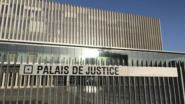 Calvados : un pompier mis en examen et écroué pour le meurtre de sa compagne