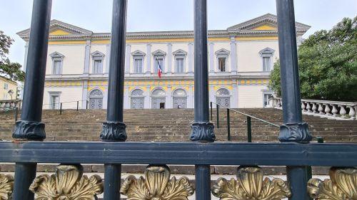 Corse : prison ferme pour avoir jeté un veau vivant par-dessus un pont