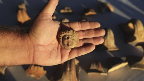 Des sceaux et céramiques du royaume de Juda, vieux de 2 700 ans, découverts à Jérusalem