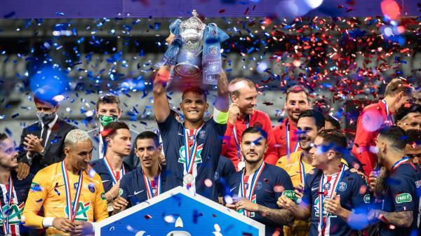 """Football : """"Il faut savoir aussi gagner les matchs serrés"""" explique Marquinhos après la victoire du PSG 1-0 face à Saint-Etienne en finale de coupe de France"""