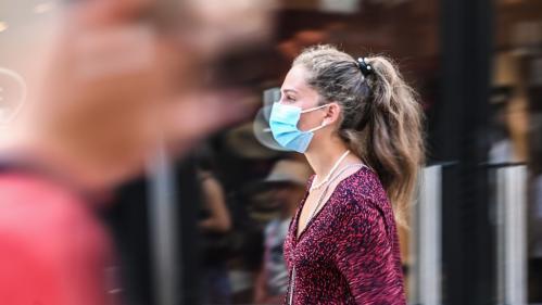 VIDEO. Covid-19 : les villes de plus en plus nombreuses à imposer le port du masque à l'extérieur