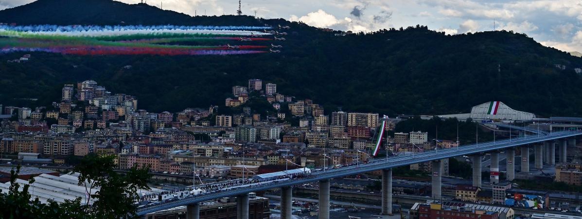 """Pont de Gênes : un """"modèle"""" de reconstruction érigé en """"symbole"""" italien . 21942535"""