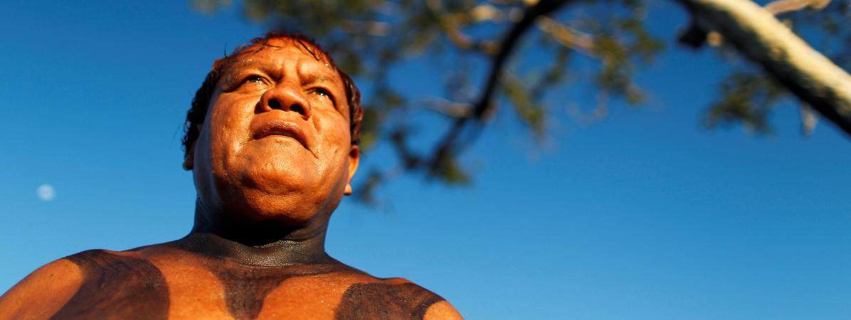 Le cacique Aritana Yawalapiti, l\'un des principaux chefs indigènes du Brésil, est mort du Covid-19 à l\'âge de 70 ans.
