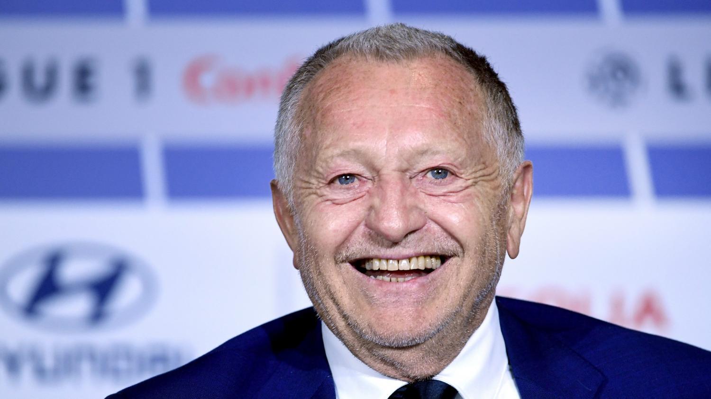 """Ligue des champions: le président de l'Olympique lyonnais parle d'un """"grand bonheur"""" et salue le """"grand match"""" de son équipe qualifiée pour les quarts de finale"""