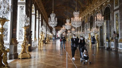 """Image de couverture - Sans touristes étrangers, la fréquentation du Château de Versailles """"s'écroule"""""""