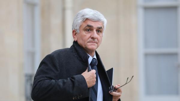 """Quatorzaine en Grande-Bretagne : une décision """"absolument ahurissante"""", selon le président de la région Normandie"""