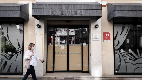 Coronavirus et tourisme : la fréquentation des hôtels en France a baissé de 73% en juin 2020 par rapport à juin 2019, selon une enquête de l'Insee