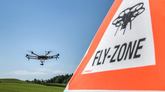 Démonstration d\'un drone de recherche et de sauvetage près de Zurich (Suisse) le 23 août 2017