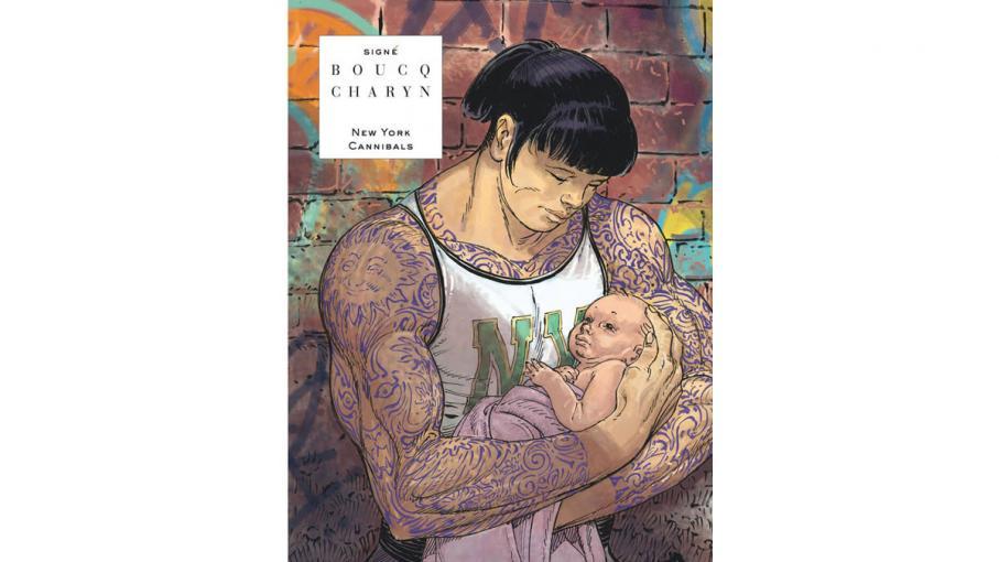 Dévorant un grosse tatouée