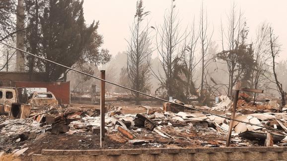 La ville de Phoenix dans l'Oregon aux États-Unis a été détruite par les incendies qui frappent la région.