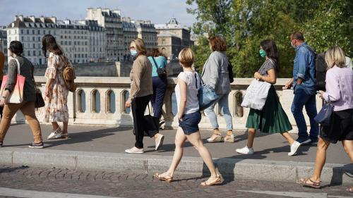 """Coronavirus : pour un Français sur deux, le gouvernement ne prend """"pas assez de précautions"""""""