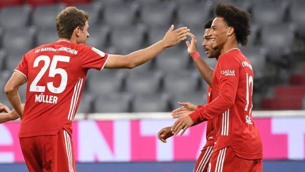 Foot : le Bayern Munich écrase Schalke 04 en ouverture de la Bundesliga