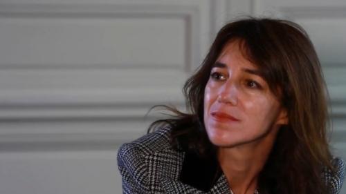 Culture : Charlotte Gainsbourg se confie sur son dernier film, Lux Æterna