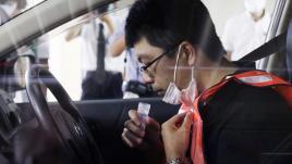 Image de couverture - Covid-19 : indolores, mais moins fiables… Ce qu'il faut savoir sur les tests salivaires et leur arrivée prochaine en France