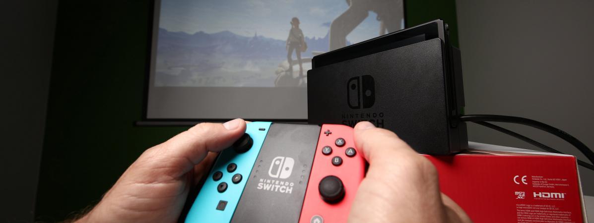 Une manette de la console Nintendo Switch.