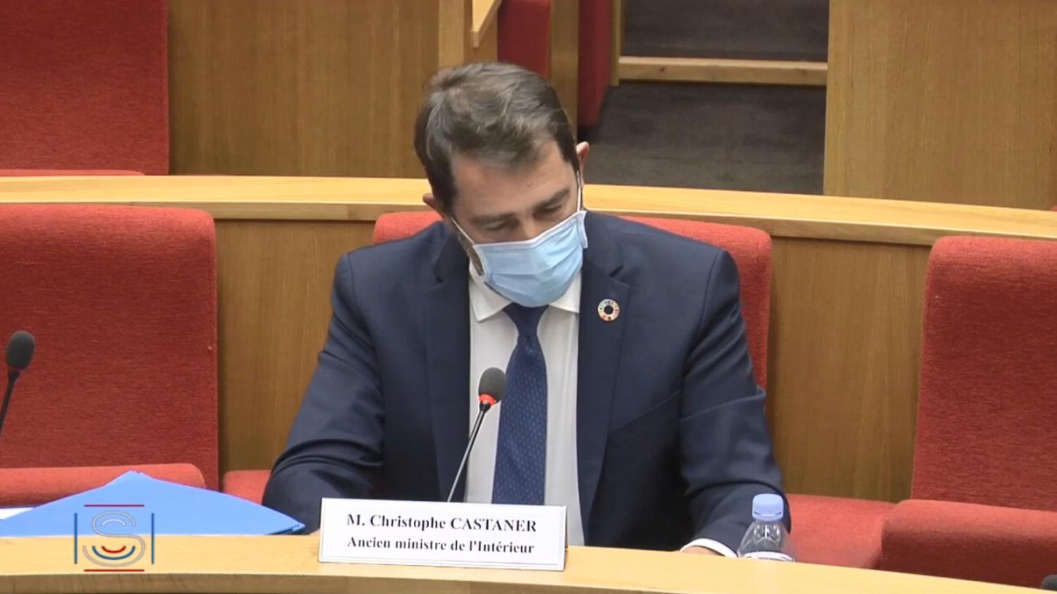 DIRECT. Covid-19 : au Sénat, Christophe Castaner assume d'avoir donné aux soignants un stock de masques des forces de l'ordre