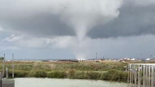 Météo : impressionnantes images d'une tornade qui traverse l'Île d'Oléron et les environs
