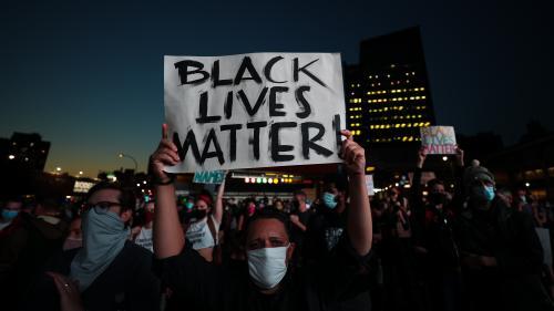 Mort de l'Afro-Américaine Breonna Taylor : un policier inculpé, mais pas pour homicide