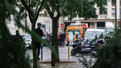"""Attaque près des anciens locaux de """"Charlie Hebdo"""" : """"Le fanatisme, l'intolérance sont toujours aussi présents dans la société"""", réagit le journal"""