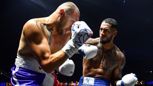 Boxe : Tony Yoka gagne par KO en moins de deux minutes son combat face à Johann Duhaupas